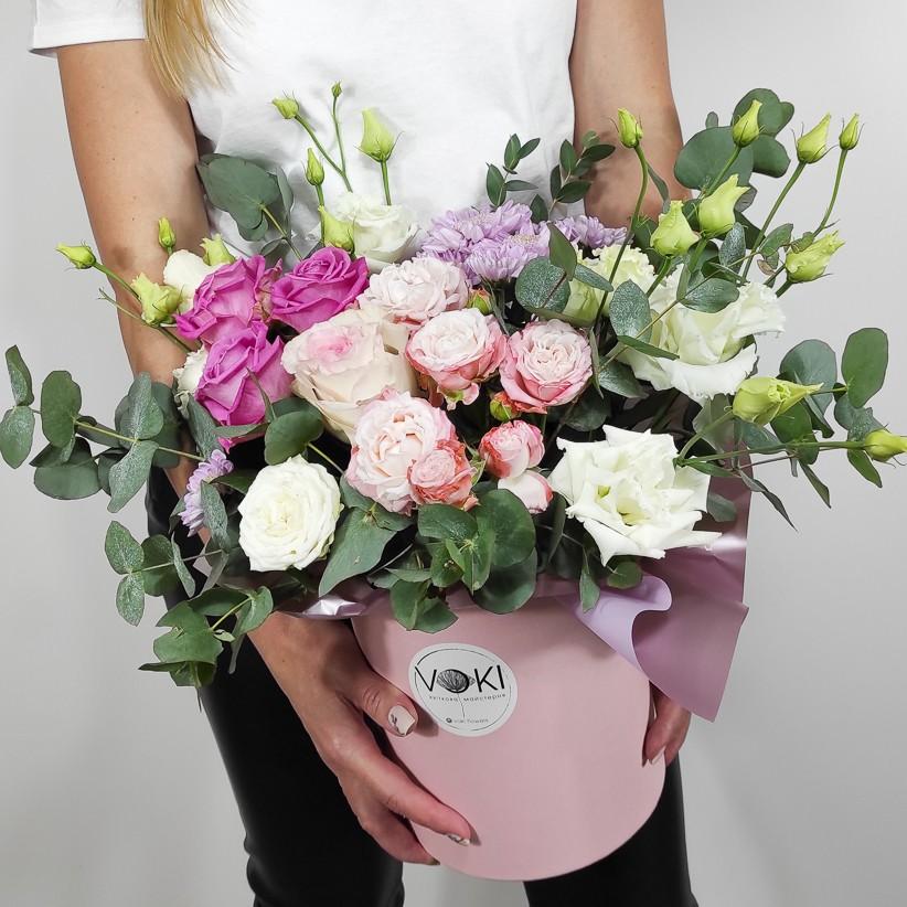 img 20201031 160302 1 - Композиція квітів у коробці № 007
