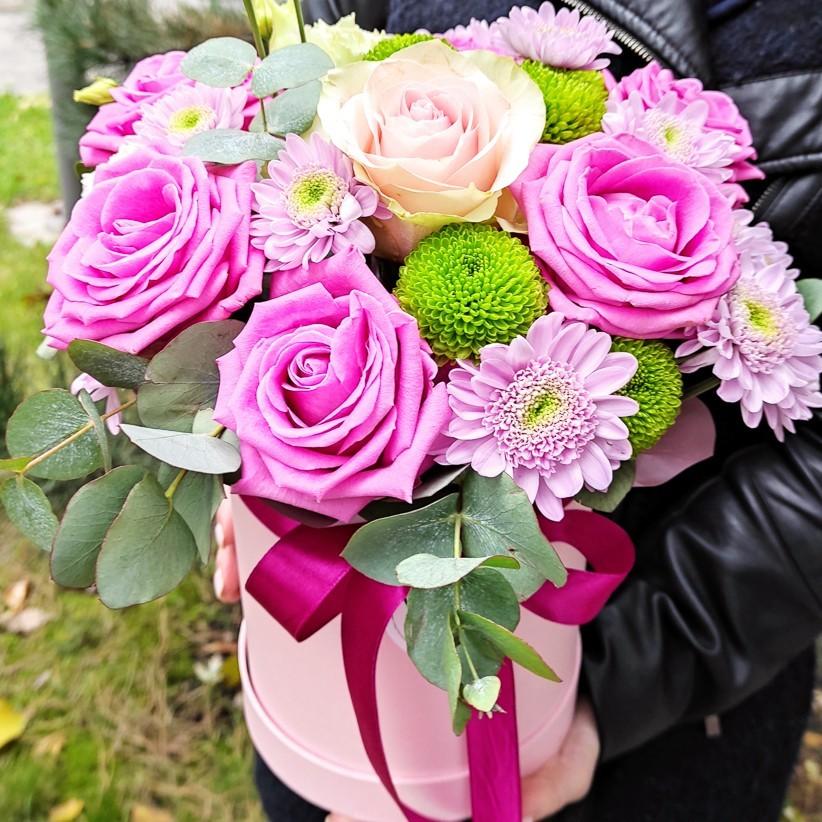 img 20201108 135451 3 - Композиція квітів у коробці № 007