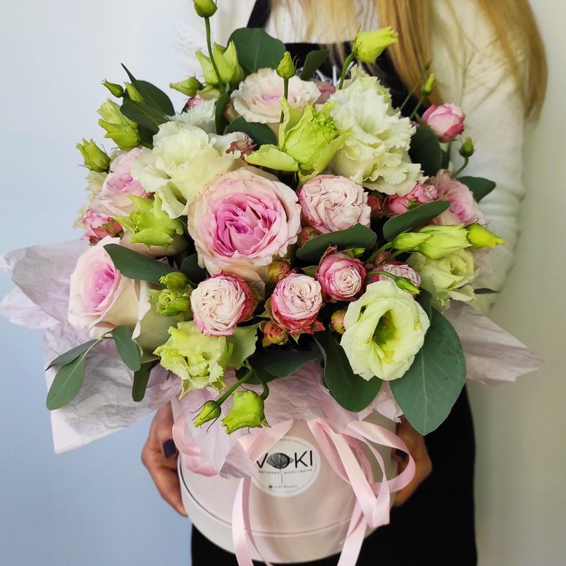 Композиція квітів у коробці № 006