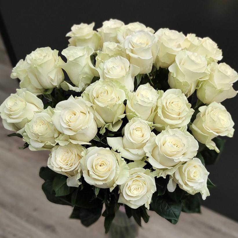 Букет из 27 белых роз Еквадор 90 см
