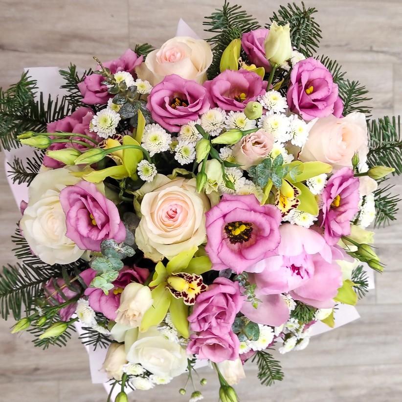 img 20201126 161807 - Композиція квітів у коробці № 008