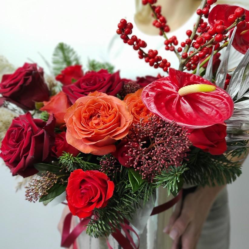 img 20201129 120358 - Композиція квітів у коробці № 009