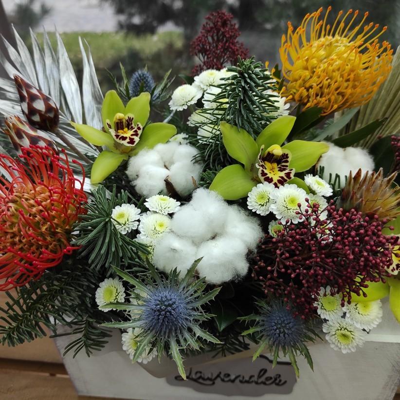 img 20201129 120742 - Композиция цветов в коробке  № 008