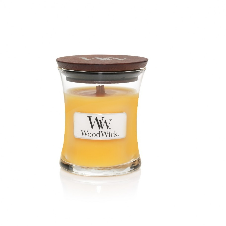 aromaticheskaya svecha seaside mimosa mini jar woodwick 1 910x910 1 - Ароматична свічка Mini Velvet Tobacco 85 г