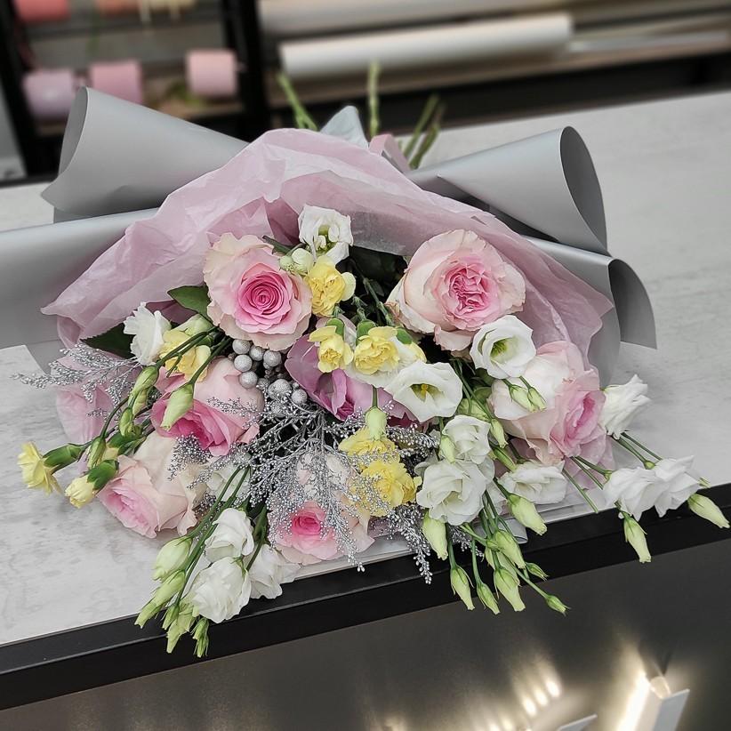 img 20201130 194141 - Букет квітів № 125