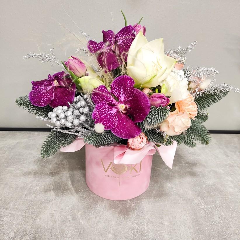 img 20201217 152623 - Композиция цветов в коробке  № 1013