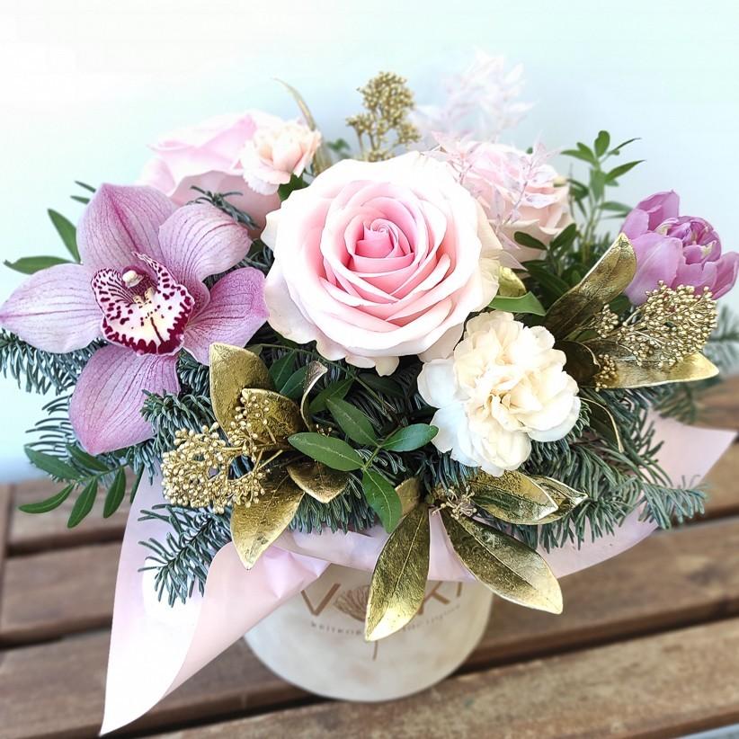 img 20201227 113706 - Квіткова композиція у коробці № 1021