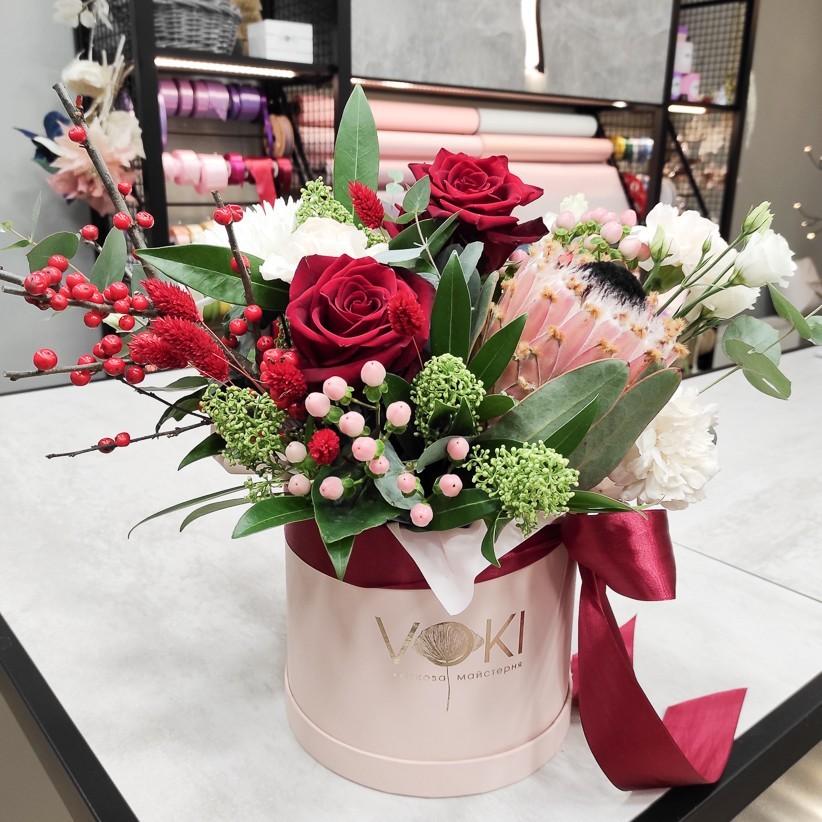 img 20210108 183135 - Квіткова композиція у коробці № 1026