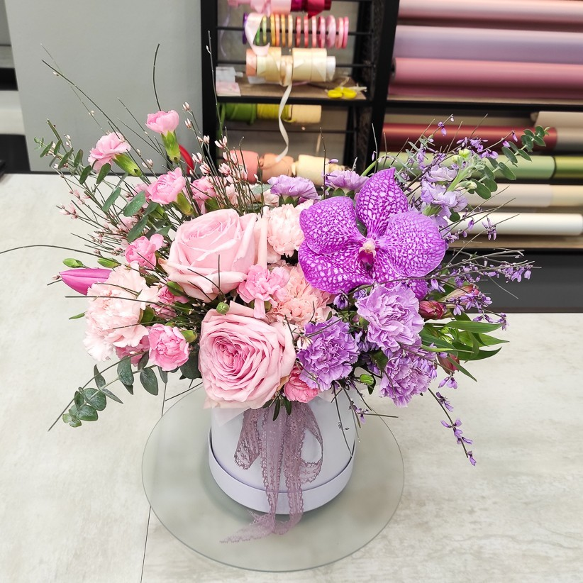 img 20210125 130713 - Композиция цветов в коробке № 1030