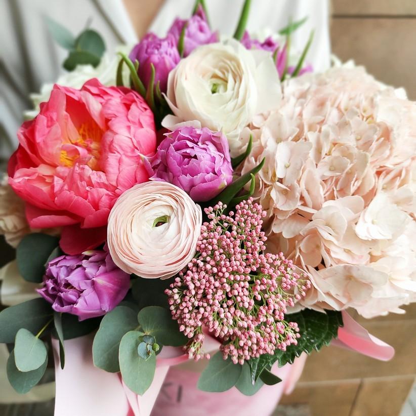 img 20210221 133020 - Композиция цветов в коробке № 1036
