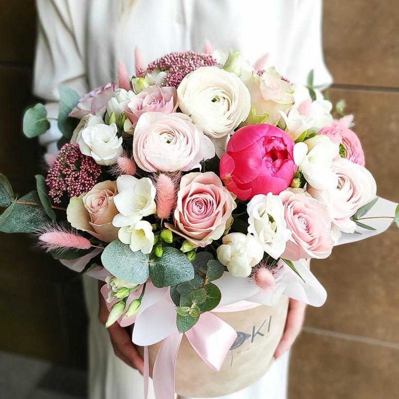 img 20210221 140359 kopija - Композиція квітів у коробці № 1037