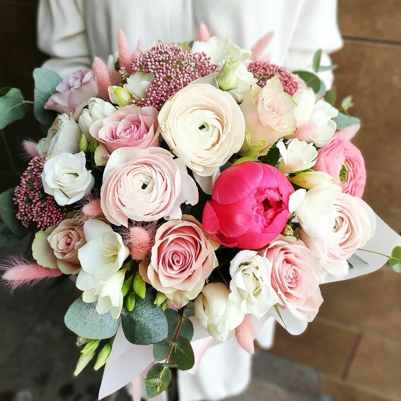 img 20210221 140426 - Композиція квітів у коробці № 1037